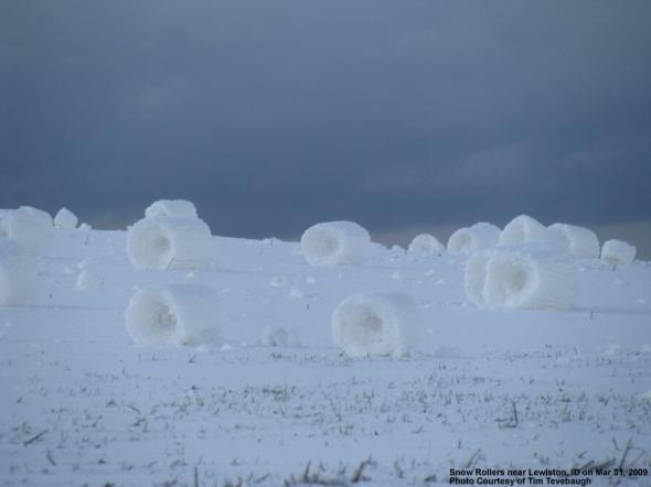 snowrolls09033102a